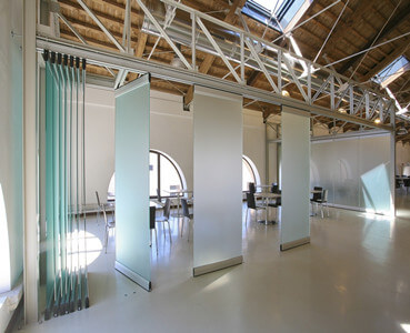 Movable partition system archives soundtreating for Movable glass wall systems